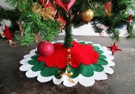 christmas skirt how to make a no sew christmas tree skirt a bigger