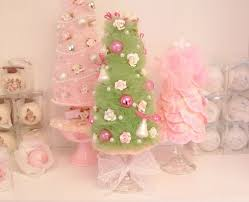 green vintage style tulle christmas tree with pink roses and