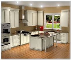 Basement Kitchen Cabinets by Best 25 Lowes Kitchen Cabinets Ideas On Pinterest Basement