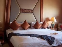 biggest bed ever biggest bed ever picture of shangri la hotel bangkok bangkok