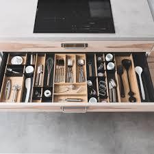 rangement couverts tiroir cuisine les tiroirs et aménagements intérieurs pour votre cuisine schmidt