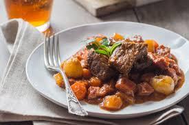 cuisiner les l馮umes d hiver bœuf braisé à la bière et aux légumes d hiver cuisine addict