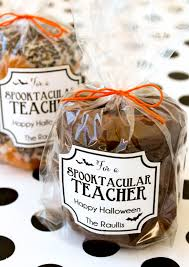 halloween gift tags super cute spooktacular teacher gift idea on lilluna com