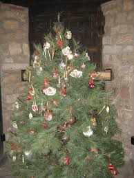 christmas tree in the french castle at old fort niagara