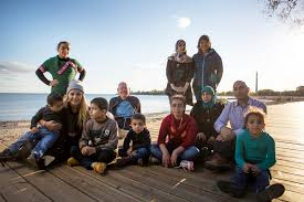 unhcr refugee given second chance in canada helps syrian family