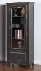 Black Display Cabinet With Glass Doors by Best 20 Black Display Cabinet Ideas On Pinterest White Display