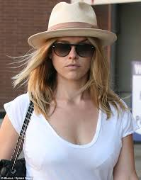 star trek u0027s alice eve goes shopping in beverly hills daily mail