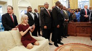president trump adviser kellyanne conway criticized for kneeling