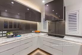 accessoirs cuisine accessoire plan de travail cuisine meuble salle de bain plan de