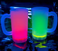 cool light up things cool glow lighting glow necklaces light up drinkware led