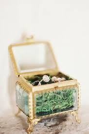 wedding rings in box 34 cutest wedding ring boxes to get inspired weddingomania