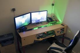Desk For Gaming Pc by Desk Gaming Station Computer Desk Within Great Gaming Station