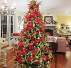 christmas trees decorated with mesh netting christmas tree