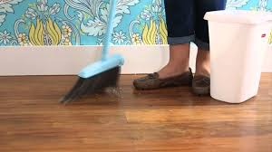 Best Way To Sweep Laminate Floors How To Clean A Floor Youtube