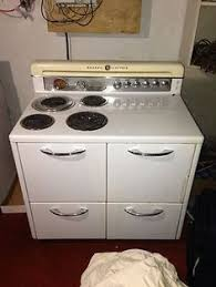 Ge Electric Cooktops We Never Had One But My Mom U0027s Friend Carol Did As A Seven Wear