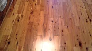 how does a pine hardwood flooring look like