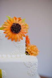 cakes candy and flowers queen of cakes