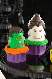 Halloween Cakes Images by 35 Halloween Cupcake Ideas Recipes For Cute And Scary Halloween