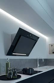 hotte de cuisine roblin hotte de cuisine murale avec éclairage intégré baccarat 900