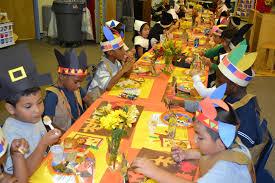 kindergarten students at milford elementary thanksgiving feast