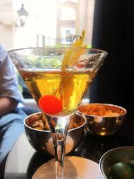 pretty alcoholic drinks martini laissez fare