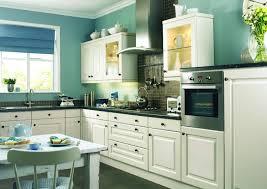 farbe für küche küchenwand in kontrastfarbe streichen - Kche Streichen Welche Farbe