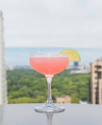 cosmo martini recipe best cosmopolitan recipe how to make a cosmopolitan delish com