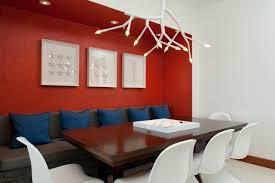 wei e st hle esszimmer sungging rote wand esszimmer ideen einrichtung weiße stühle