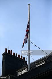 flags fly mast death king abdullah bin