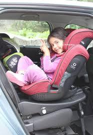 siege auto enfant 4 ans on a testé le siège auto stages isofix de joie