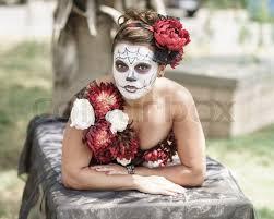 Dia De Los Muertos Costumes Female Wearing Day Of The Dead Dia De Los Muertos Make Up And