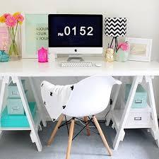 Desk Ideas For Bedroom Best 25 Girl Desk Ideas On Pinterest Tween Girl Bedroom Ideas