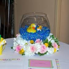 Rubber Ducky Baby Shower Centerpieces by Rubber Duck Centerpiece For A Baby Featuring Pink Roses