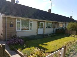 2 bed bungalow in charfield to rent in frampton cotterell