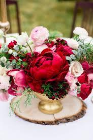 Peony Arrangement 38 Gold Touches For Your Valentine U0027s Day Wedding Weddingomania