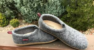comfortable 7 most comfortable slippers best slippers for women 2017