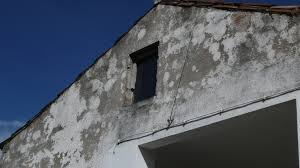 painting exterior walls