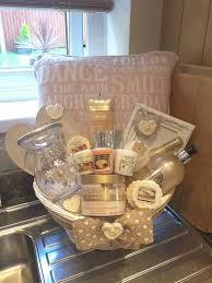 high end gift baskets wedding ideas high end wedding gifts gift ideas amazing bags