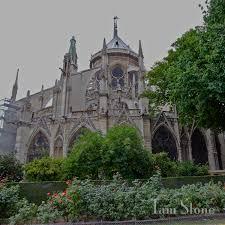 gothic pinnacles u0026 flying buttresses notre dame de paris chavet