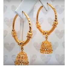 gold jhumka earrings gold jhumka hoop earrings at rs 30000 pair sone ki baliyan