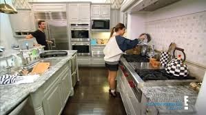 Kourtney Kardashian New Home Decor by Kourtney Kardashian And Mackenzie Childs Courtly Check Enamel Tea