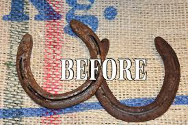recycle your old horseshoes into diy christmas gifts western