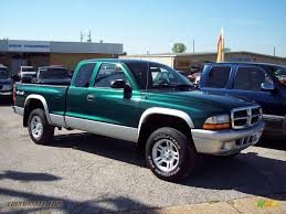 Dodge Dakota Trucks - 2004 dodge dakota slt club cab 4x4 in timberline green pearl