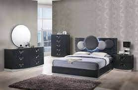 What Accent Color Goes With Grey What Color Walls Go With Grey Bedding Best Gray Paint Colors Behr