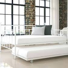 Pop Up Trundle Daybed Daybed With Pull Out Trundle Wooden Day Bed With Pull Out Under