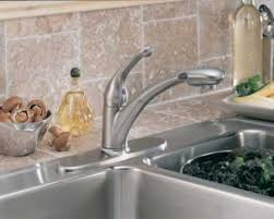 delta 470 wh dst signature single handle pull out kitchen faucet