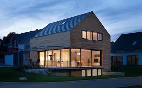 moderne holzhã user architektur modernes holzhaus bei villingen werner ettwein gmbh holzhäuser