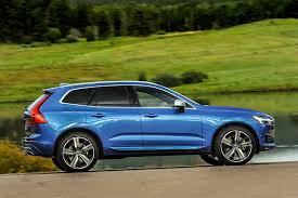 2017 volvo xc60 reviews and rating motor trend 2018 volvo xc60 earns top safety pick rating from iihs motor trend