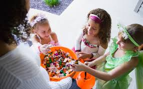 where to save money on halloween candy and decorations