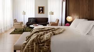 Hotel Bed Frame Edition Hotel Bed Luxury Edition Hotel Décor By Ian Schrager